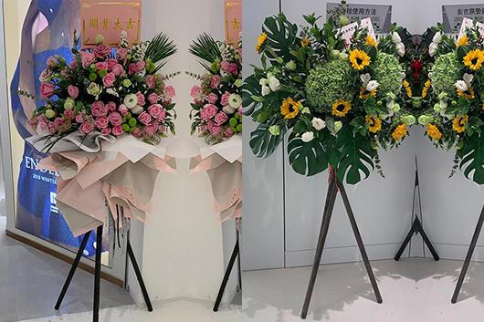搬家送花是很常见的送礼习俗