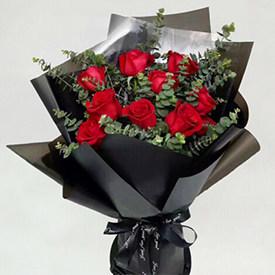 红玫瑰 - 代表爱情的花有哪些