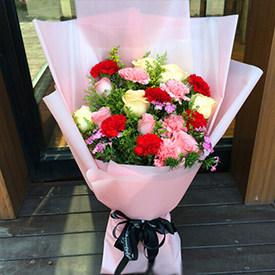 感恩同路 - 康乃馨玫瑰花束