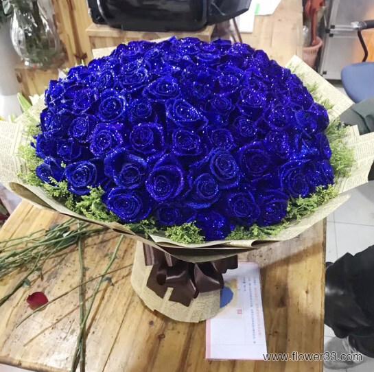 蓝色星空 - 99朵蓝色妖姬花束