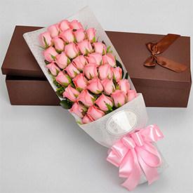 给女朋友送什么花好-粉玫瑰花束