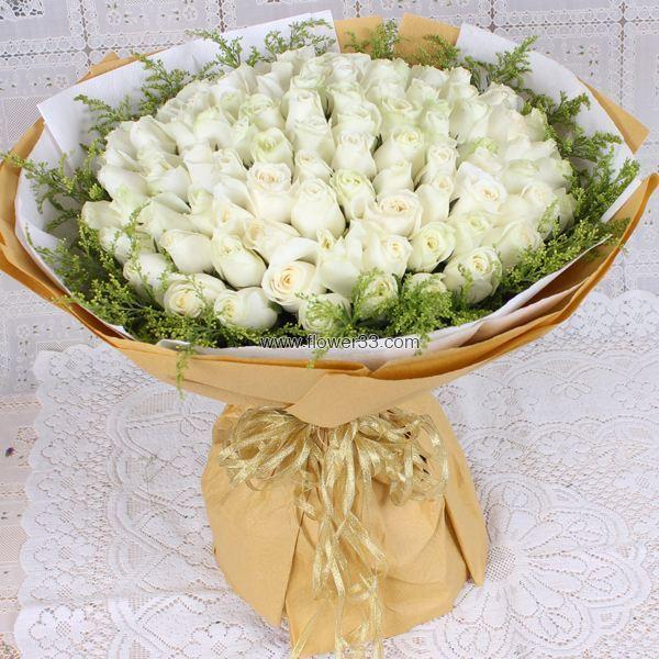 想你是一种幸福 - 33朵白色玫瑰花束