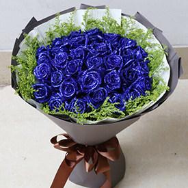 恋人送什么花-蓝色妖姬花束