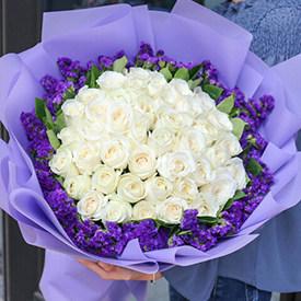 送女生什么花好-白玫瑰鲜花