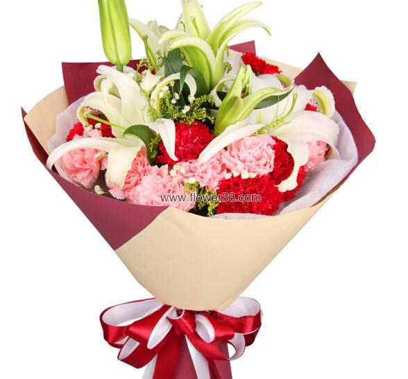 温馨生活 - 百合康乃馨花束
