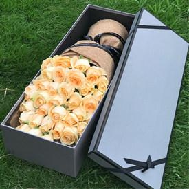 表白适合送什么花-香槟玫瑰礼盒